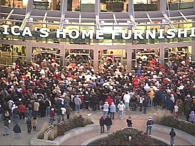 What Recession? Shoppers Eat Up Black Friday Deals NBCActionNews