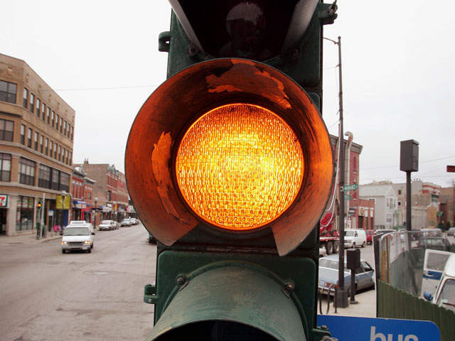 file photo traffic light yellow light_20110624122634_JPG