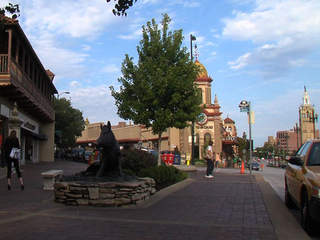KSHB - Country Club Plaza file 20110815