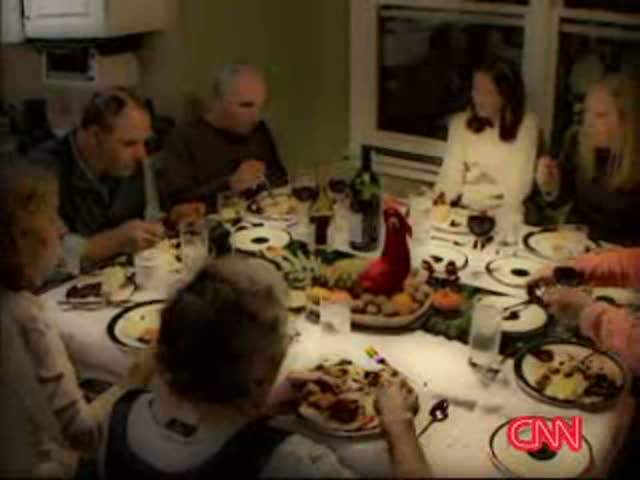 CNN FILE THANKSGIVING DINNER FAMILY