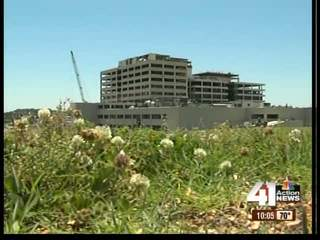Joplin hospital officials share plans to rebuild