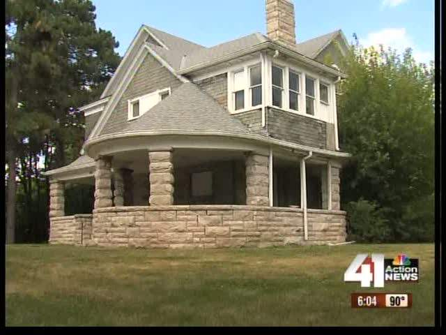 Home fails to sell for $1