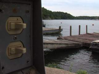 KSHB: Dock electricity safety 20120709