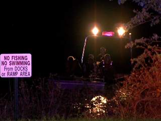 KSHB: STRANDED BOATERS ON HILLSDALE LAKE 120904