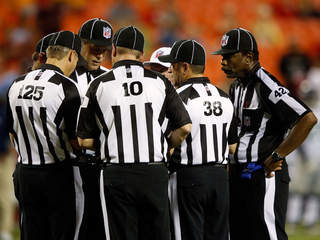 nfl-replacement-refs_20120905115907_JPG