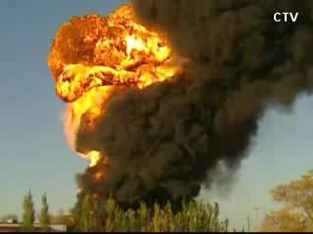 CNN/CTV: HUGE EXPLOSION AT RACE FUEL PLANT 121001