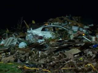 CNN KFOR WEB READY: MOORE NIGHT DAMAGE 130520