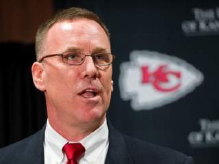 Chiefs: GM Dorsey is out, Reid gets extension