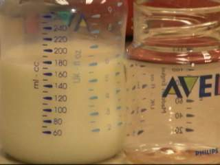 MO mom donates breast milk to families in Texas