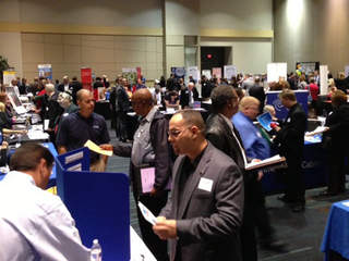 Hundreds of job seekers attend job fair