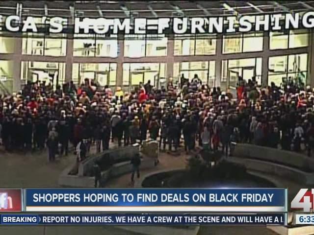 Superb Nebraska Furniture Mart Deals #6: Shoppers Rush To Get Black Friday Deals At Nebraska Furniture Mart.