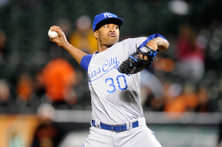 Report: Ventura assaulted and robbed after crash