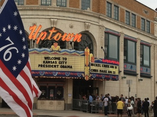 Cheers, jeers for Obama at Uptown Theater