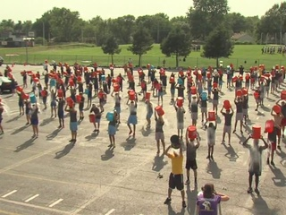 Local group goes big for ice bucket challenge