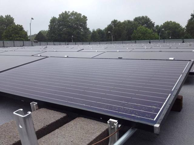 New independence solar farm up and running by the end of for Kansas solar installers