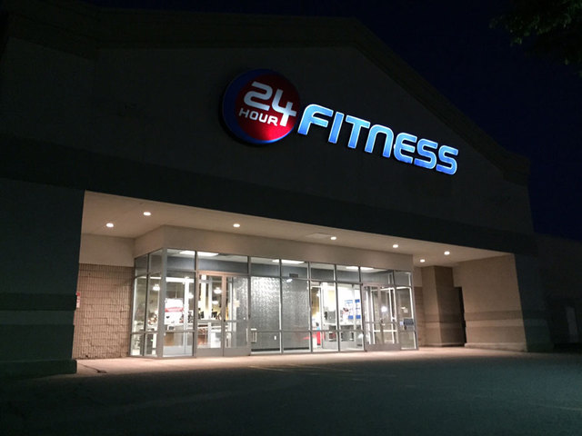 Hour fitness overland park kansas