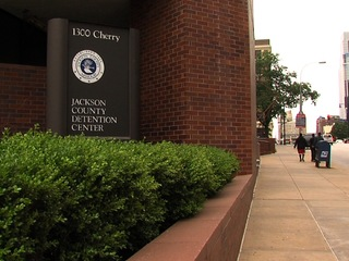 Woman dies in Jackson County Detention Center