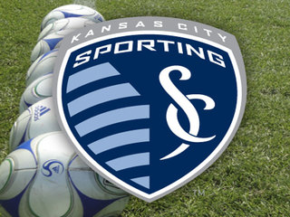 Sporting KC's Roger Espinoza to miss 10 weeks