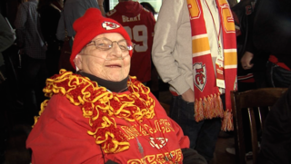 Chiefs fan leaves hospice to watch game