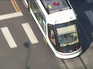 Towing continues 1 week before streetcar launch