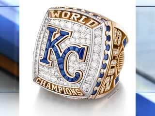 Royals honor employees with World Series rings