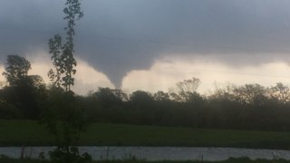 Tornadoes touch down in Missouri