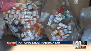 KC police collect 400 lbs of prescription drugs