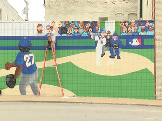 VIDEO: New Royals mural in the Crossroads