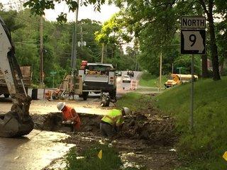 Water line break closes 9 Hwy in Platte County
