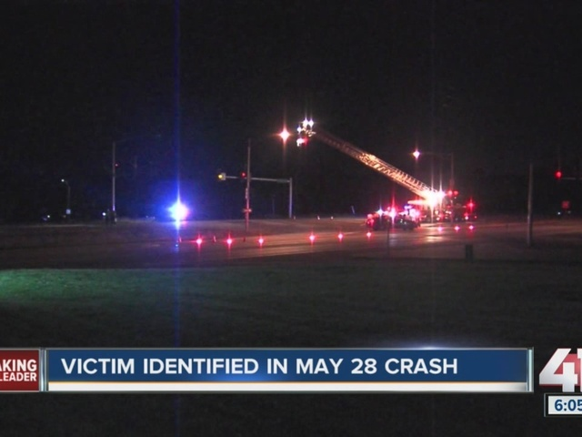 One dead after motorcycle crash in Independence
