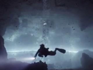 VIDEO: Dive inside a cave in Yucatan, Mexico
