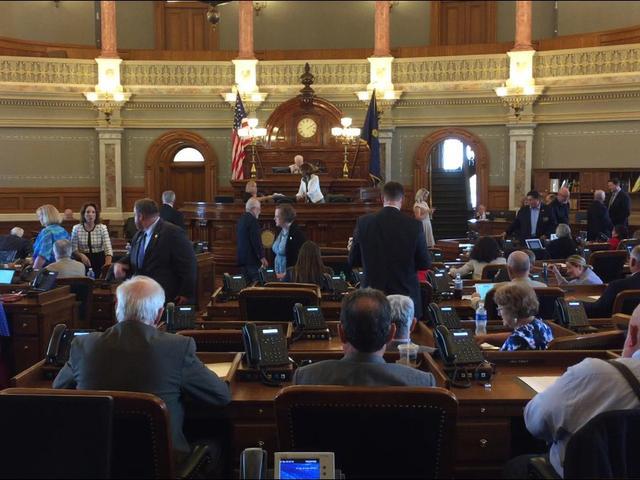 GOP leaders revise Kansas school funding fix