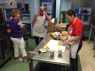 School districts offer free breakfast and lunch