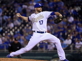 Royals reinstate Wade Davis from disabled list