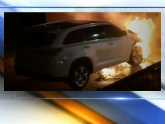 Video Catches Man Deliberately Lighting Suv On Fire Kshb Com