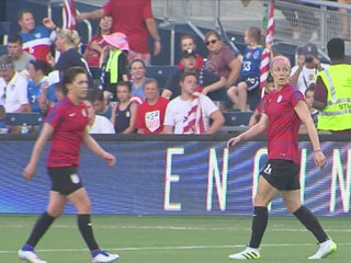 Fans cheer on Team USA in final match before Rio