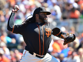 Cueto upset that Royals didn't invite him to WH