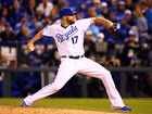 Royals trade RHP Wade Davis to Cubs