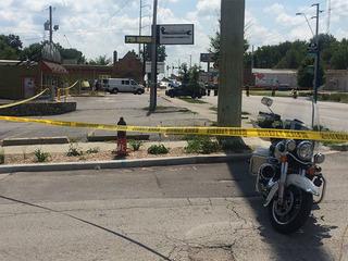 Gunman dead after killing 1 inside KCMO business