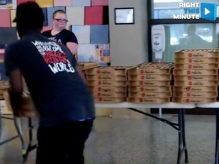 It took 4 Pizza Huts to make this delivery