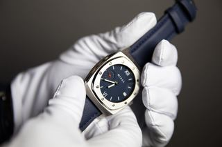 KC watchmaker moves to Plaza