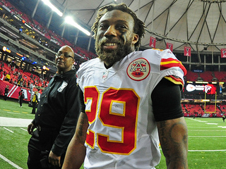 Berry's 2 picks carry Chiefs to win over Falcons
