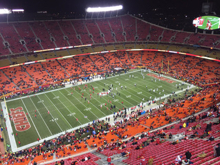 PICS: Fans brave cold for Chiefs, Raiders game