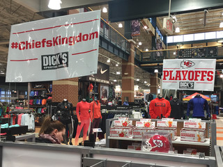 Excitement grows in metro area for Chiefs game