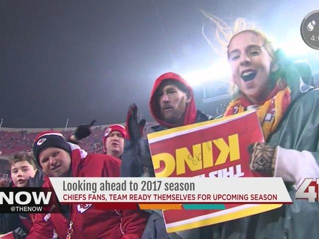 Chiefs coach, fans prepare for 2017 season