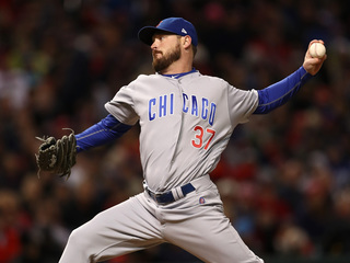 AP: Royals sign LHP Wood to $12M, 2-year deal