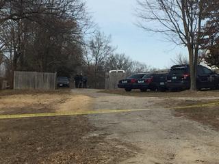 Body found in burned car in southeast KC