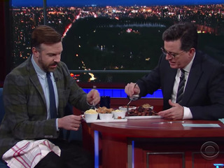 WATCH: Jason Sudeikis has burnt ends on Colbert