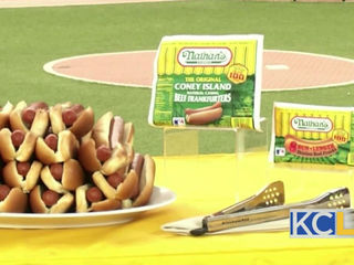 INTERVIEW: Hot dog eating world record holder