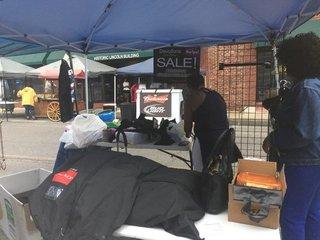 Vendors wait for money after KC Jazz Fest
